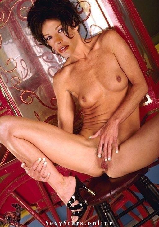 Catherine Zeta-Jones Nackt. Fotografie - 102