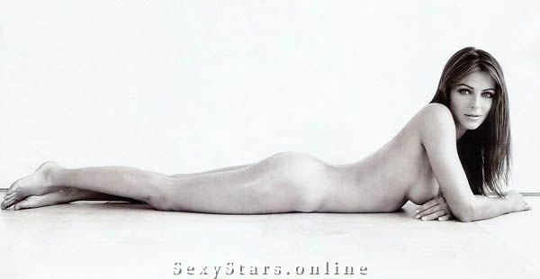 Элизабет Хёрли голая. Фото - 13