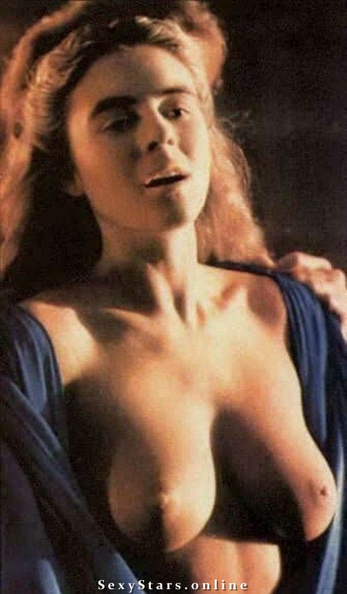 Элизабет Хёрли голая. Фото - 2
