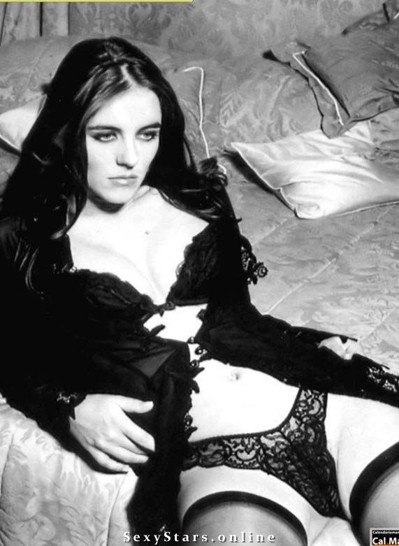 Elizabeth Hurley Nackt. Fotografie - 20
