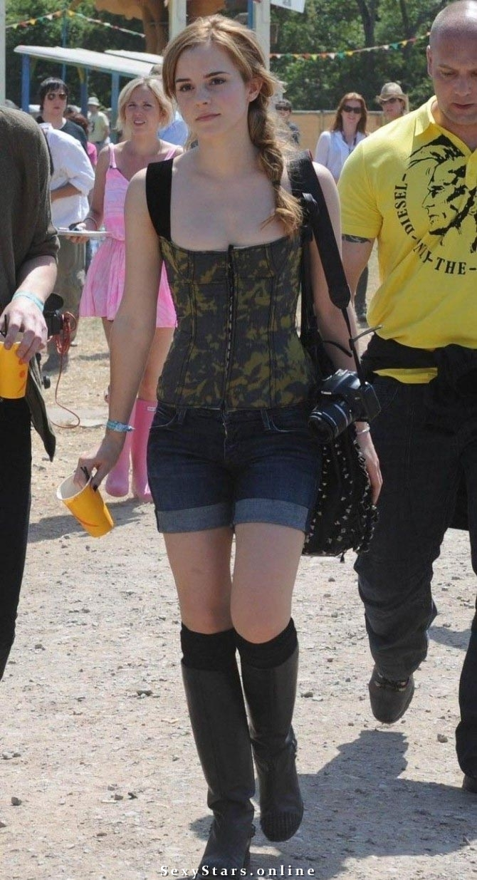 Эмма Уотсон голая. Фото - 44