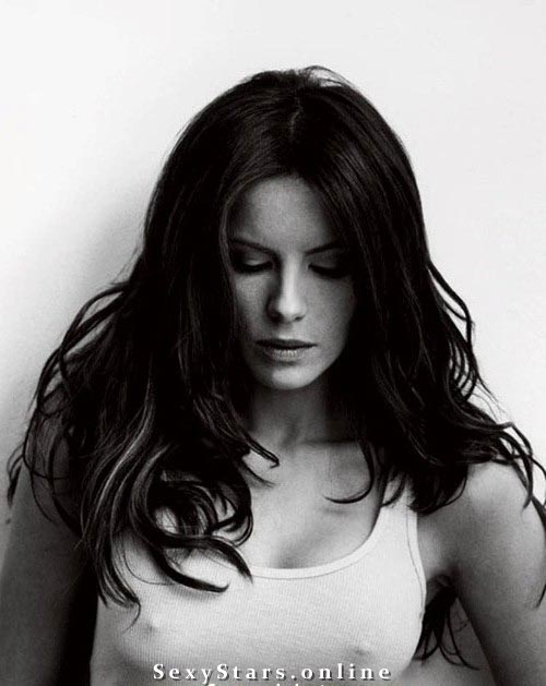 Kate Beckinsale nahá. Fotka - 32