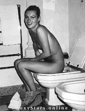 Kate Moss nahá. Fotka - 16