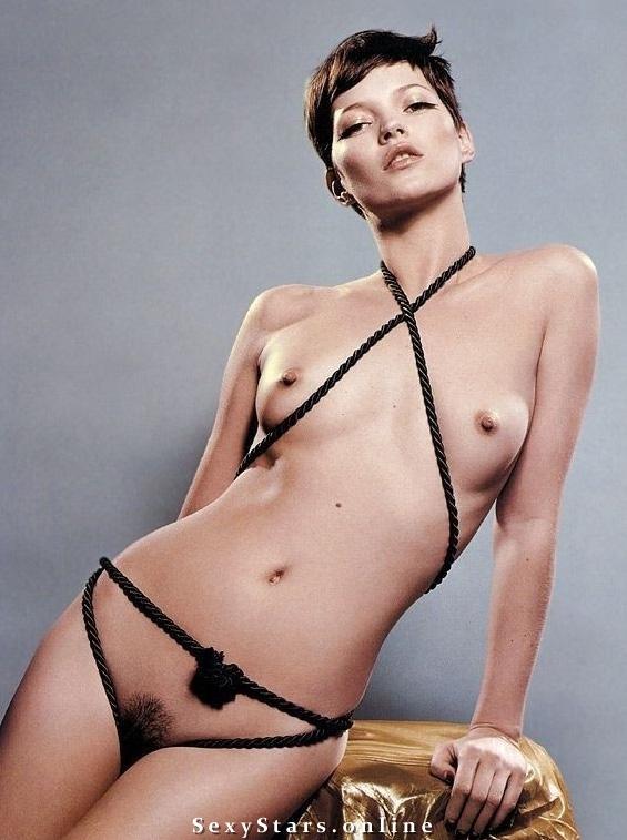 Kate Moss nahá. Fotka - 18