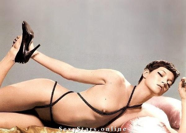 Kate Moss nahá. Fotka - 19