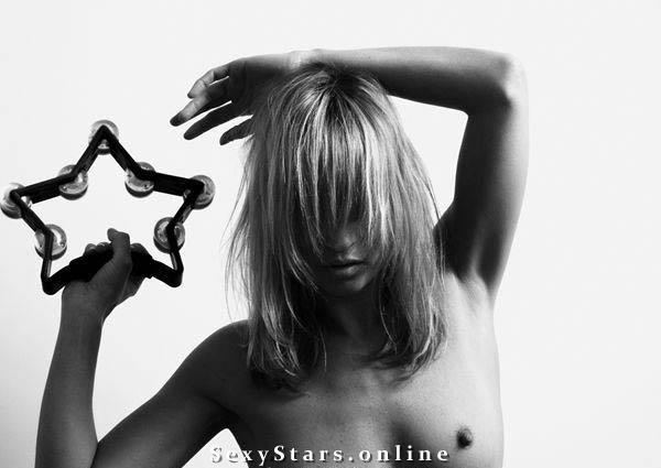 Kate Moss nahá. Fotka - 38