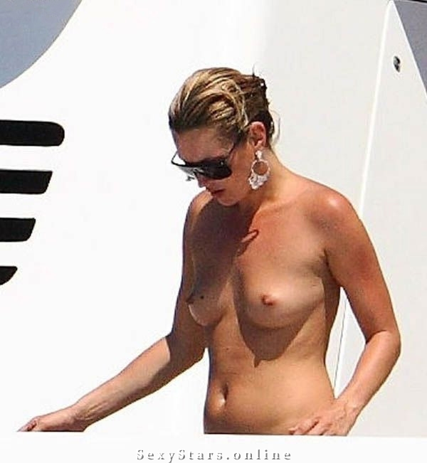 Kate Moss nahá. Fotka - 42