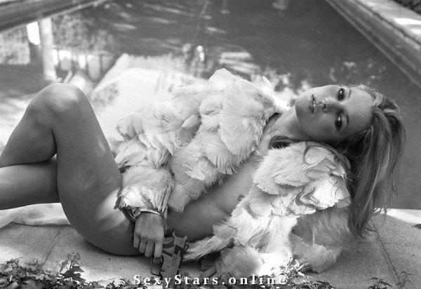 Kate Moss nahá. Fotka - 43
