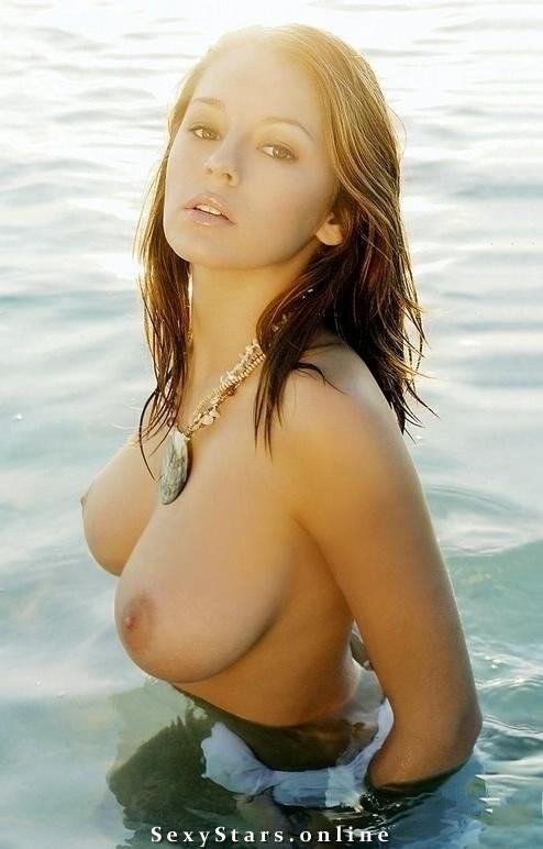 Keeley Hazell голая. Фото - 44