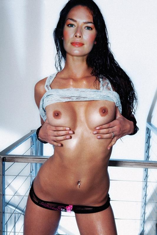 Лина Хиди голая. Фото - 80