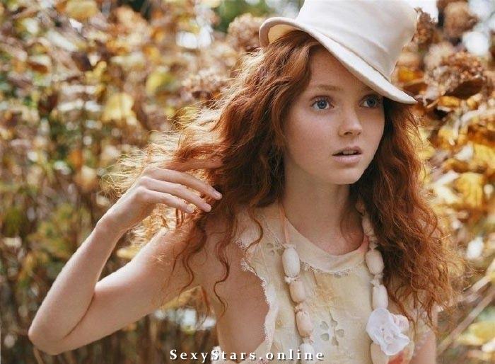 Lily Cole Nackt. Fotografie - 10