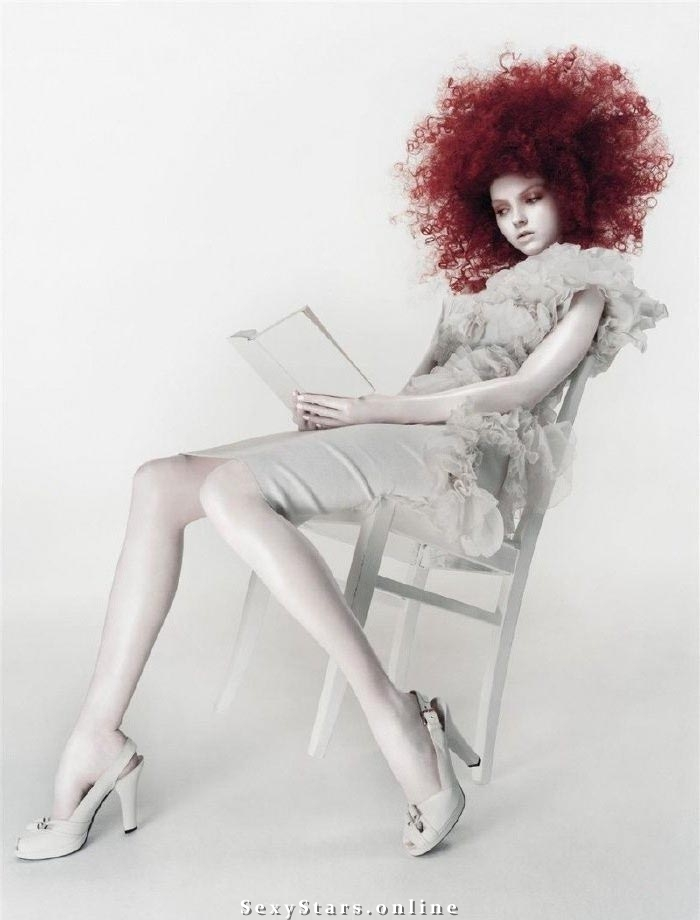 Lily Cole Nackt. Fotografie - 9