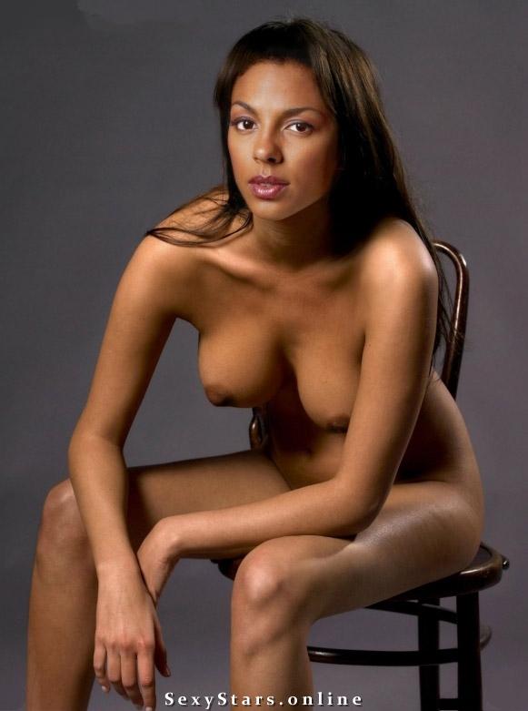 Marsha Thomason nahá. Fotka - 3
