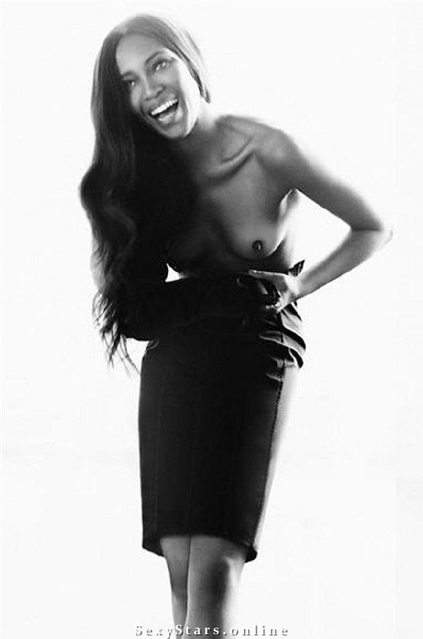 Naomi Campbell nahá. Fotka - 1