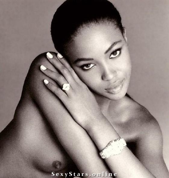Naomi Campbell nahá. Fotka - 42