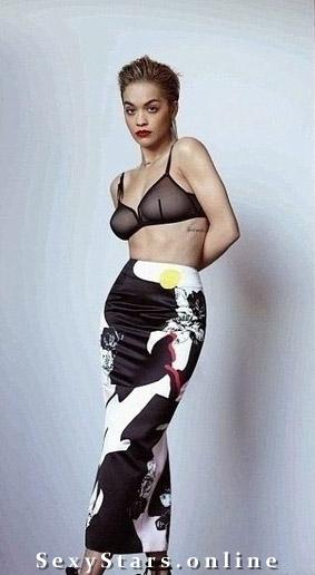 Rita Ora nahá. Fotka - 12