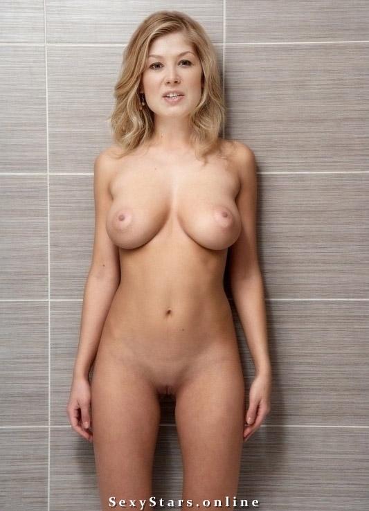 Rosamund Pike nahá. Fotka - 3