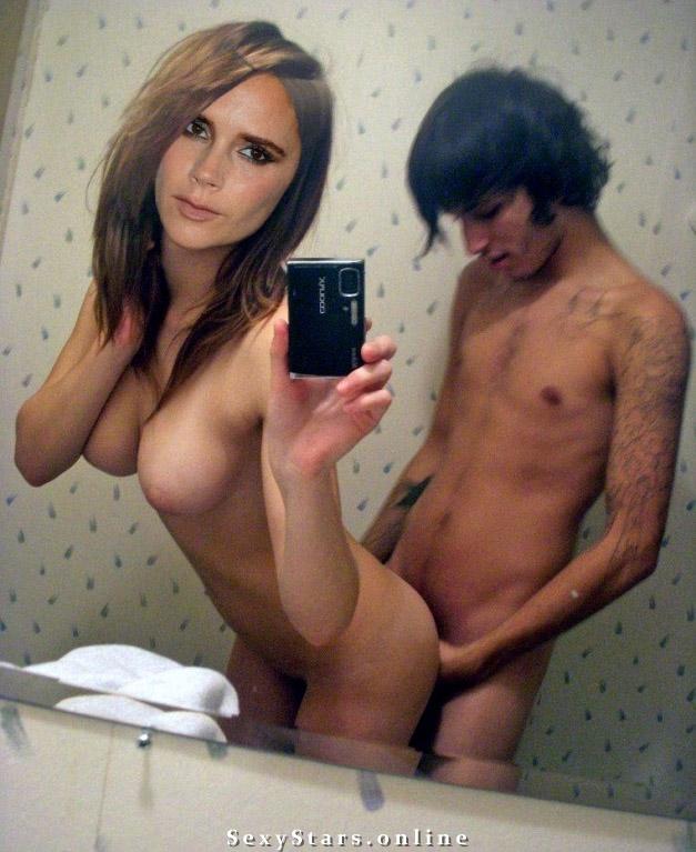 Victoria Beckham nahá. Fotka - 125