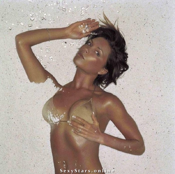 Victoria Beckham nahá. Fotka - 150
