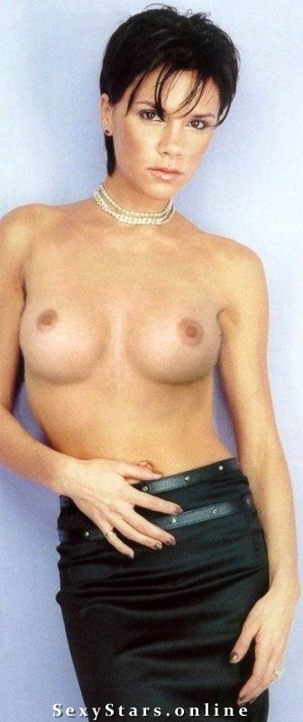 Victoria Beckham nahá. Fotka - 66