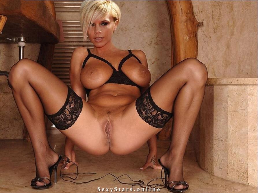 Victoria Beckham nahá. Fotka - 98