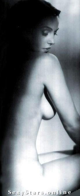 Моника Беллуччи голая. Фото - 11