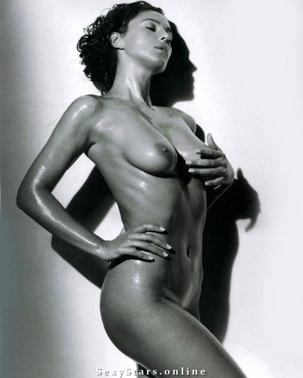 Моника Беллуччи голая. Фото - 23