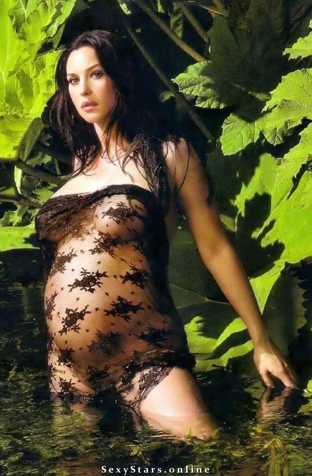 Моника Беллуччи голая. Фото - 31