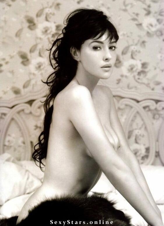 Моника Беллуччи голая. Фото - 4