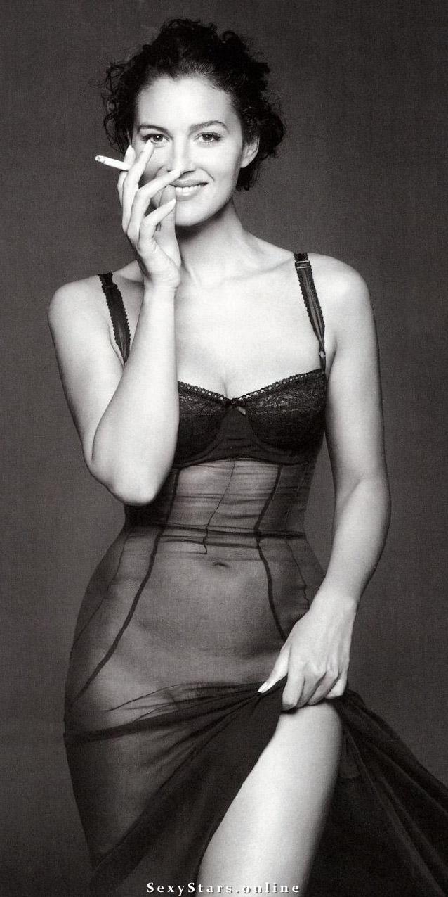 Моника Беллуччи голая. Фото - 41