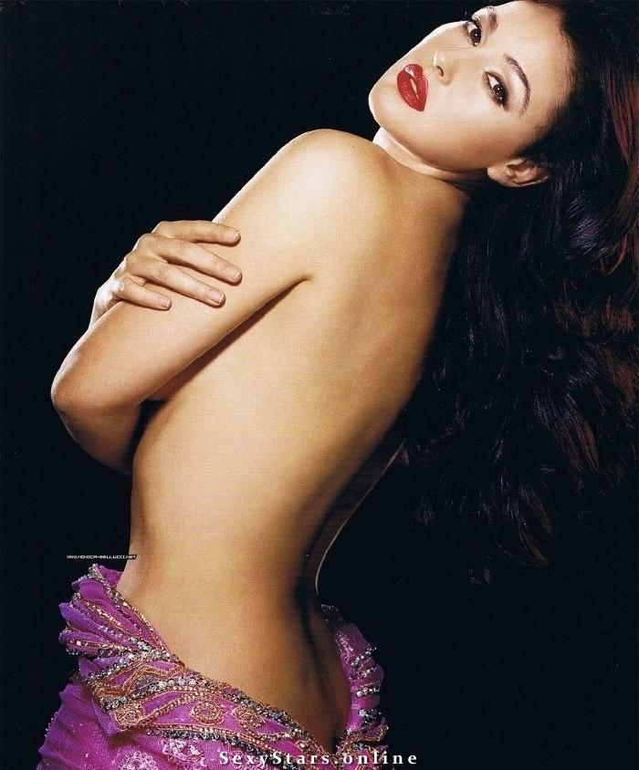 Моника Беллуччи голая. Фото - 50