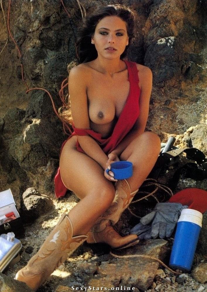 Орнелла Мути голая. Фото - 11