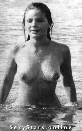 Орнелла Мути голая. Фото - 38