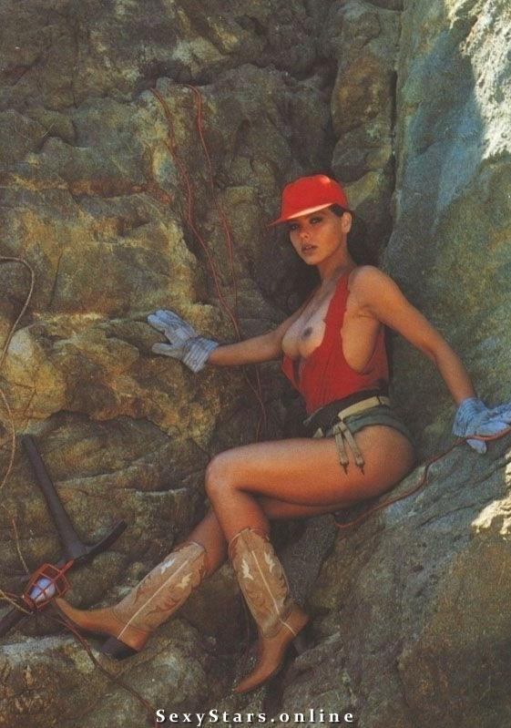 Орнелла Мути голая. Фото - 4
