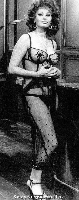 Sophia Loren Nackt. Fotografie - 19
