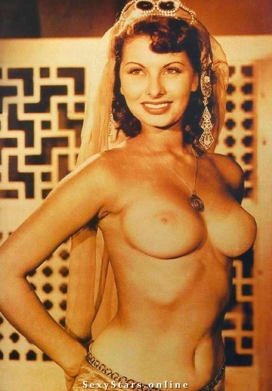 Гости устроили итальянские обнаженные актрисы