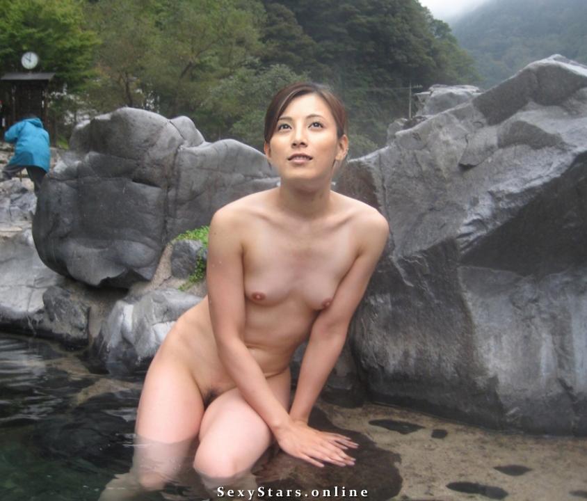 Аи Като голая. Фото - 3