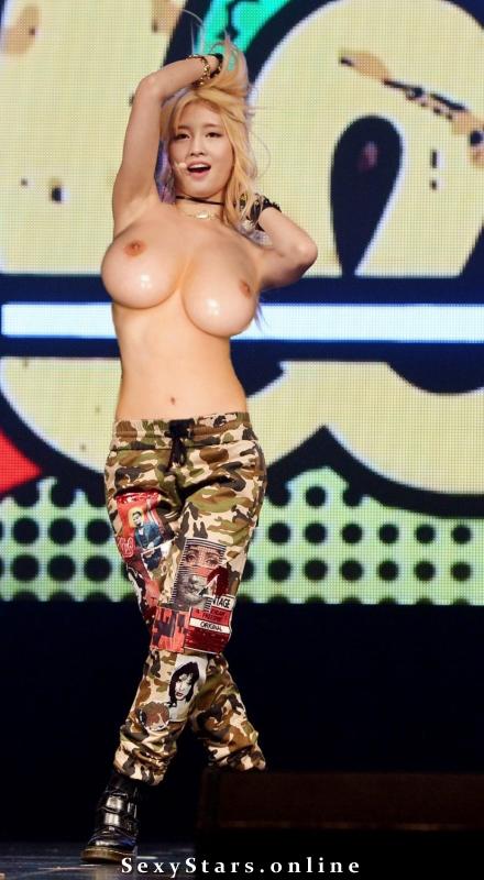 Хираи Момо голая. Фото - 4