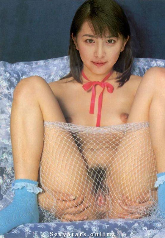 Мэгуми Окина голая. Фото - 1