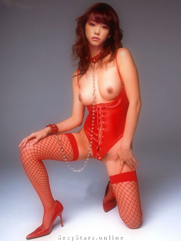 Мирэи Киритани голая. Фото - 2