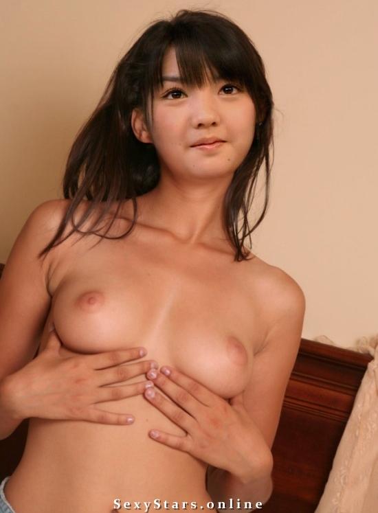 Саюми Митисигэ голая. Фото - 4