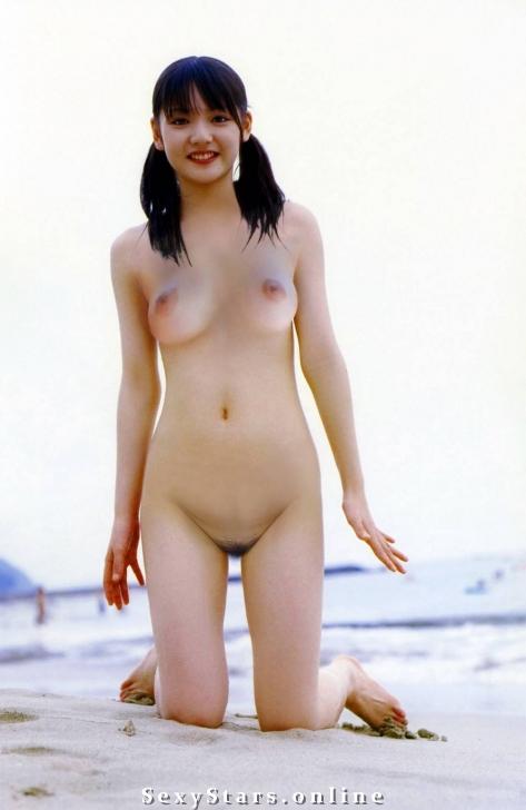 Саюми Митисигэ голая. Фото - 5