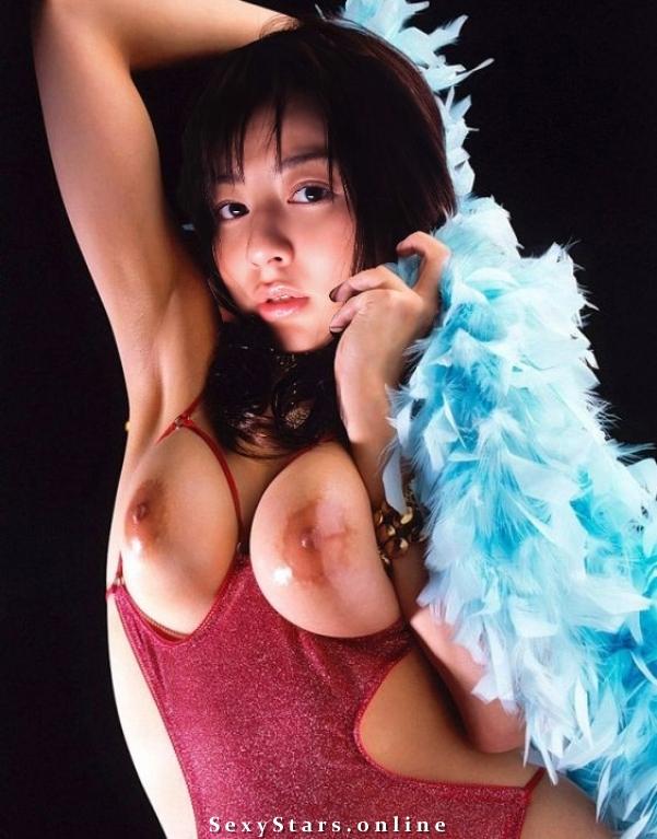 Юми Сугимото голая. Фото - 1
