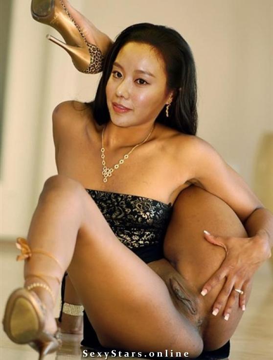 Ким А-джун голая. Фото - 15