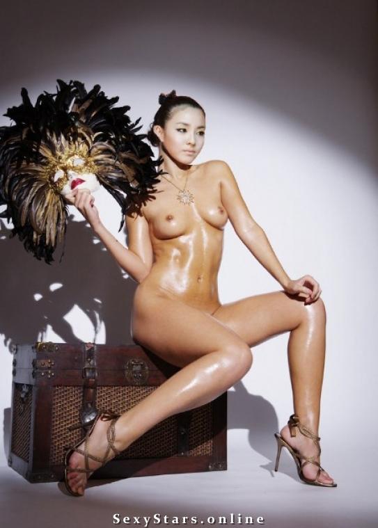 Сандара Пак голая. Фото - 7