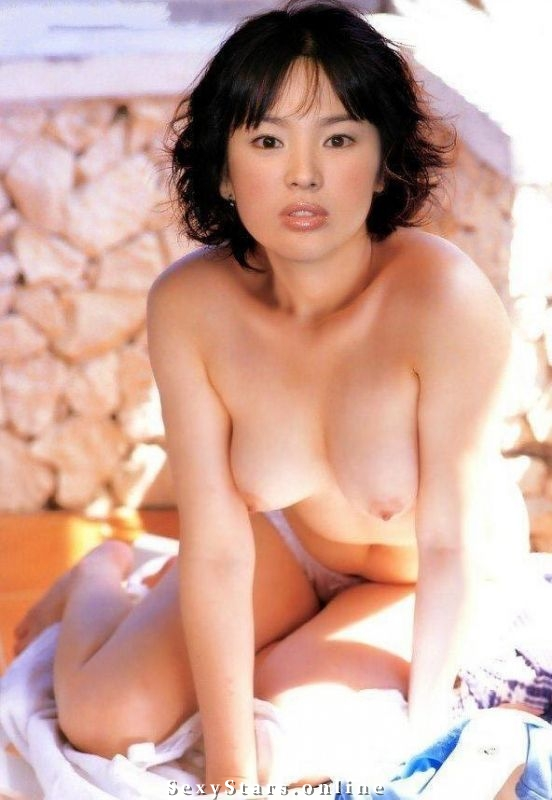 Song Hye-kyo (송혜교) nude. Photo - 24