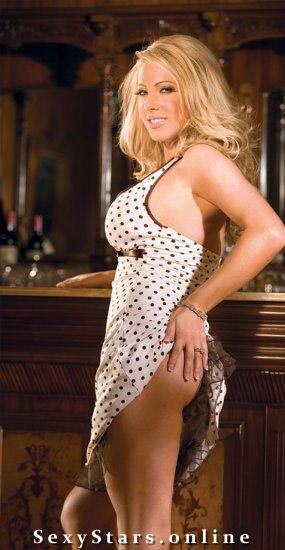 Адрианна Кроплевска голая. Фото - 3