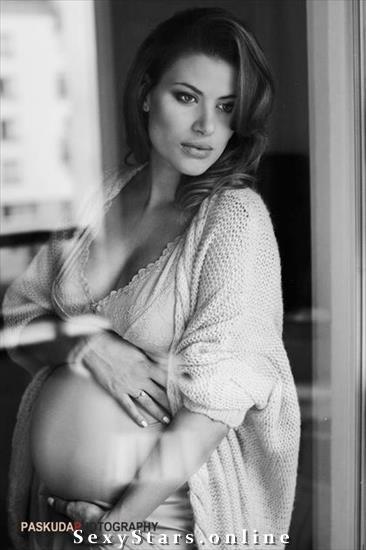Александра Кисио голая. Фото - 7