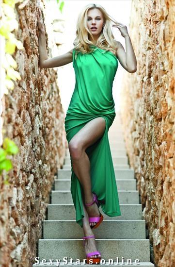 Алиша Ручала голая. Фото - 17