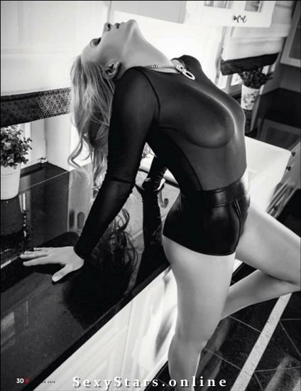 Анэта Заяц голая. Фото - 39